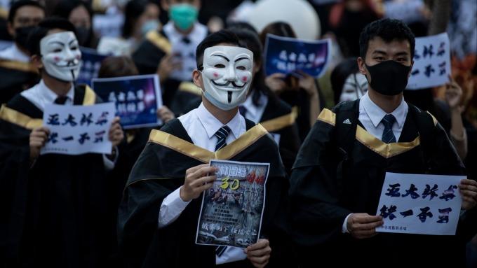 《禁蒙面法》立即失效!香港上訴庭正式拒絕暫緩執行。(圖片:AFP)