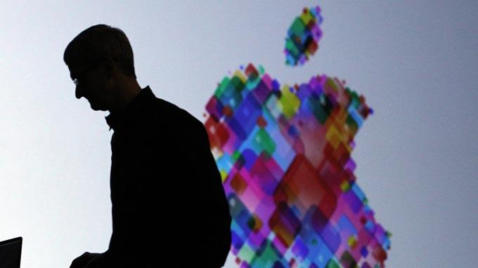 駁斥蘋果通通外包 自豪創新是DNA 庫克:為美創造200萬人以上就業(圖片:AFP)
