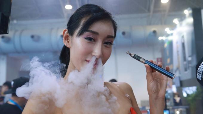 南韓市售電子煙 驗出引發肺部疾病可能物質 (圖片:AFP)