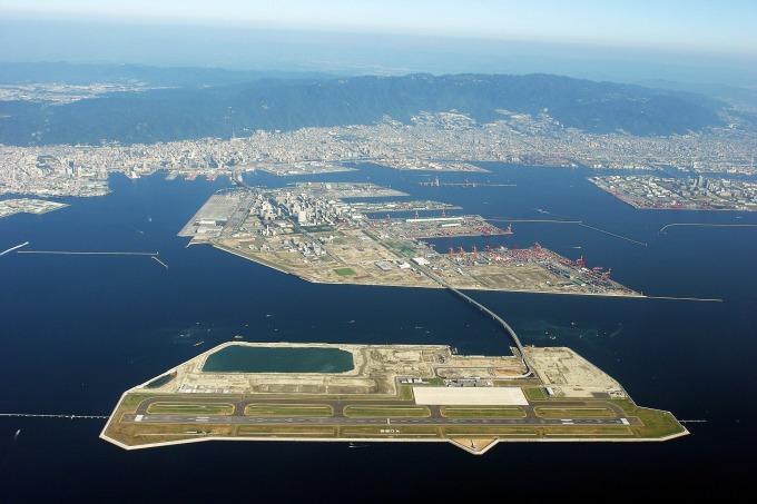 日本神戶機場所在的人工島 (圖片:AFP)