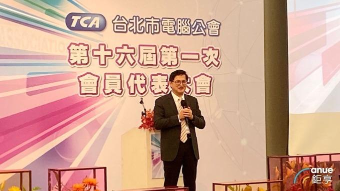 和碩董事長暨台北市電腦公會理事長童子賢。(鉅亨網記者劉韋廷攝)