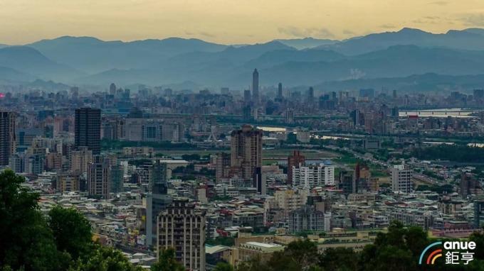 賴正鎰:明年房市「萬馬奔騰」 推案量上看1.5兆元。(鉅亨網資料照)