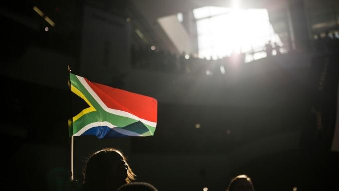 南非幣躍升至4個月來新高 惠譽維持信評(圖片:AFP)