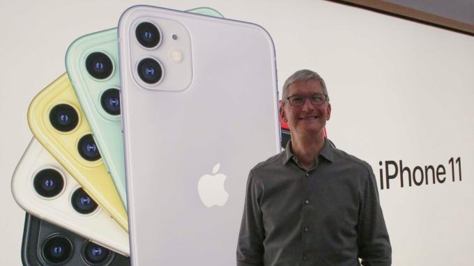iPhone拿下全球手機市場66%利潤 三星及中國廠商被狠甩在後 (圖片:AFP)