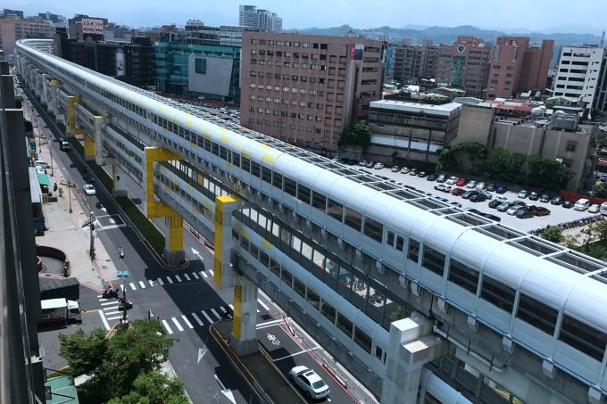 環狀線 Y13 站沿線。(圖片:新北市捷運局)