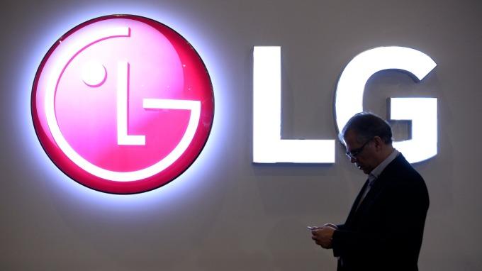 LG化學計畫分拆電池部門 營收比例也將提升 (圖片:AFP)