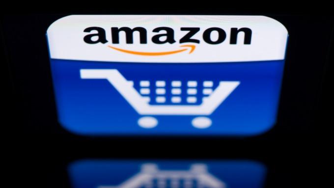英國反壟斷機構 對亞馬遜收購Deliveroo展開調查(圖片:AFP)