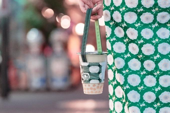 迷客夏環保手提飲料袋。(圖:迷客夏提供)