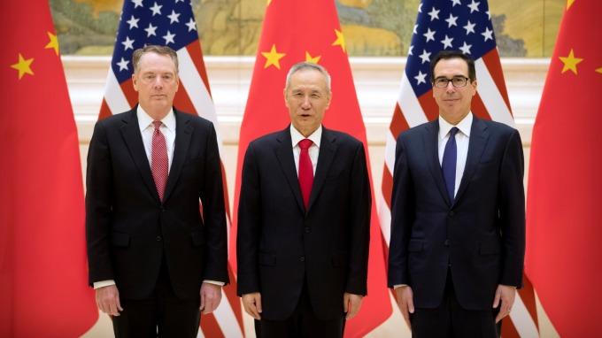 南華早報:劉鶴應邀週六赴美 美中將簽署第一階段協議。(圖片:AFP)