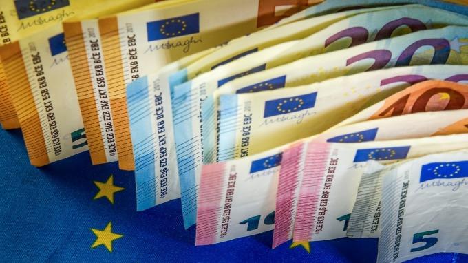 歐元年底強勢回彈 2020年看俏?(圖片:AFP)