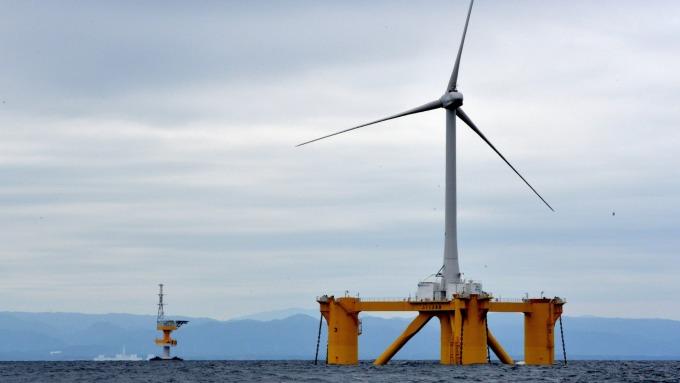 2020再生能源躉購費率元旦上路 離岸風電調降7.6%。(圖:AFP)