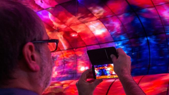 看好蘋果OLED需求 新思股價獲華爾街升評(圖片:AFP)