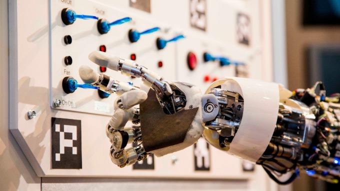 防範科技戰? 路透:美將限制AI等技術出口(圖片:AFP)