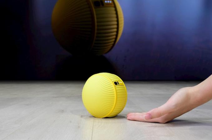 三星推智慧機器人 Ballie(圖片:engadget)
