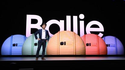 三星推出球型機器人Ballie 打理智慧家居生活(圖片:AFP)