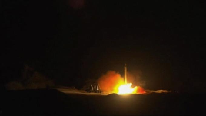 伊朗 7 日轟炸美國駐伊拉克多個軍事基地。(圖片:AFP)