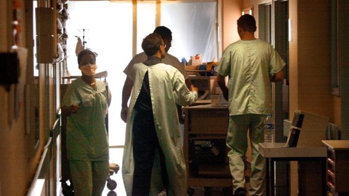 陸官媒:「武漢肺炎」初判為新型冠狀病毒(圖片:AFP)