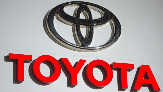TOYOTA「神車」日本發威 連3月奪銷售冠軍 (圖片:AFP)