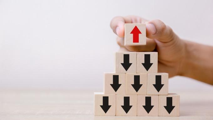 買基金怎麼設「停利停損」?掌握4原則穩穩賺。(圖/shutterstock)