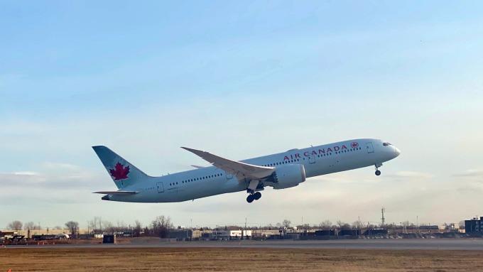 中國訂單流失 波音恐降產787夢幻客機(圖片:AFP))