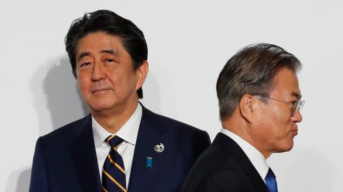 日本政府放行 高純度氟化氫事隔半年後再度銷往南韓 (圖片:AFP)