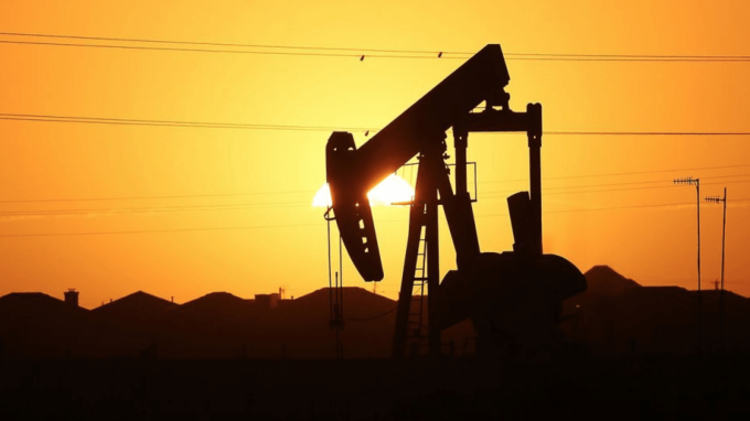 陶冬:中東油價未有大震盪 美國民調初見小領先 (圖:AFP)
