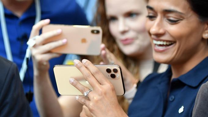 供應鏈營收下滑 小摩估:蘋果iPhone出貨量增長有限(圖片:AFP)