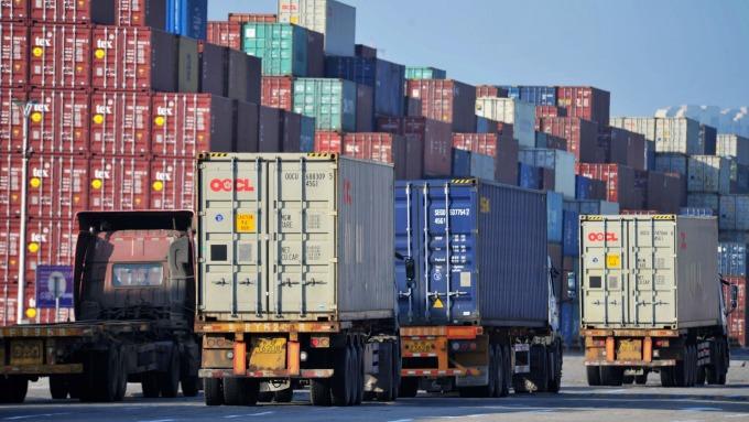 中國12進出口數據雙成長 均優於預期(圖片:AFP)