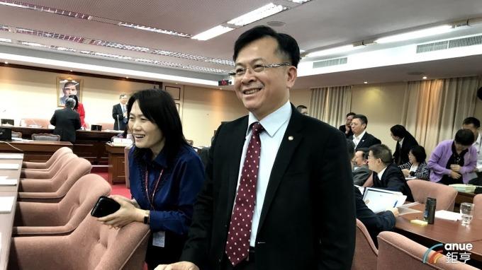 NCC代理主委陳耀祥。(鉅亨網資料照)