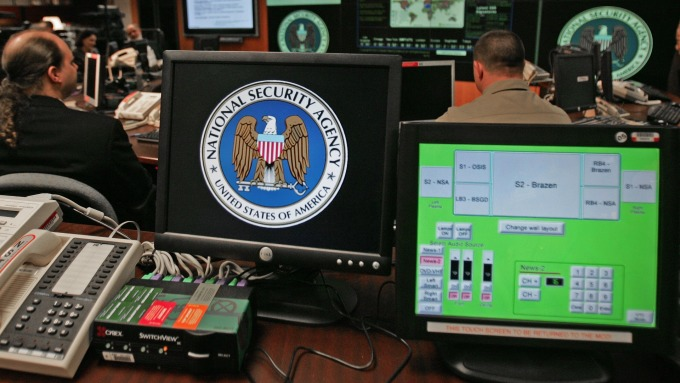 NSA罕見公布Windows資安風險 微軟發布安全補丁因應 (圖片:AFP)