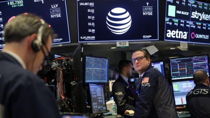美股Q4財報季開跑!FactSet:華爾街預估S&P500獲利衰退2% (圖:AFP)