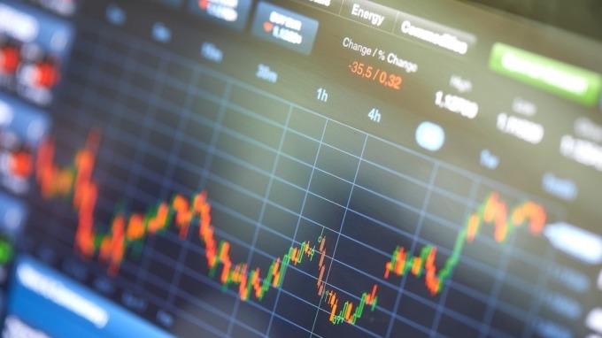 蔡明彰分析師認為,中美貿易戰PART 2中,可生存的唯二新中概股。(圖:shitterstock)