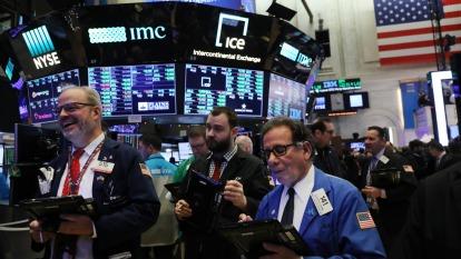 美股續創新高!台積電領半導體奔漲 Google母公司登兆美元。(圖片:AFP)