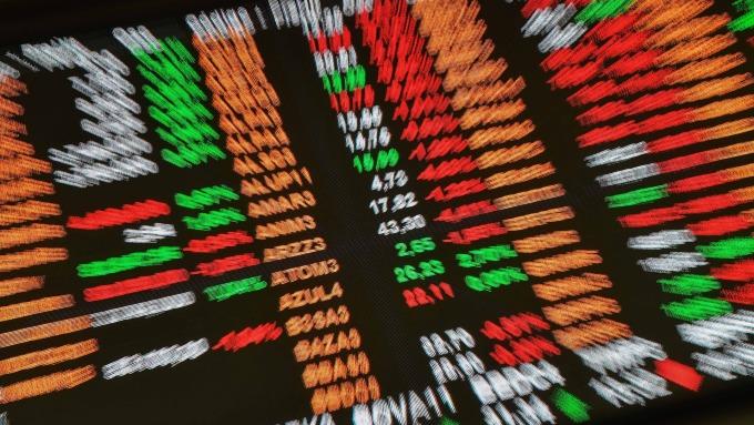 「千金」勁揚 前五大高價股市值大增2626億元。(圖:AFP)