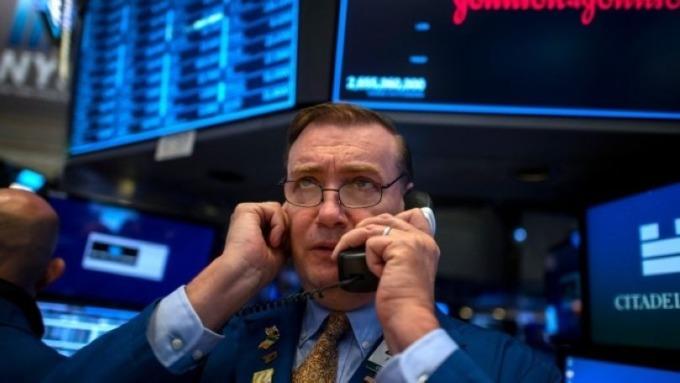 美國經濟真的好嗎?看看消費者借了多少錢 (圖片:AFP)