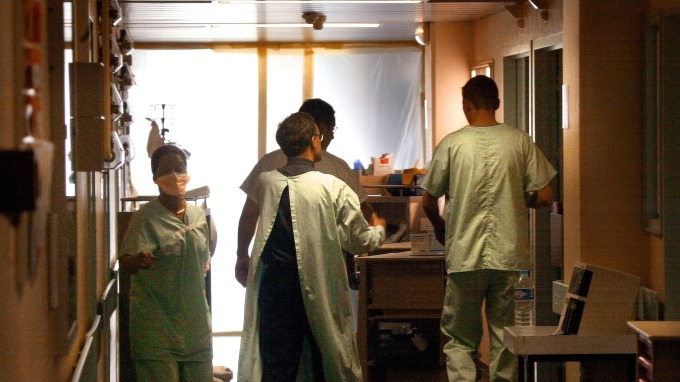肺炎防疫等級提升 武漢宣布採進、出人員管制  (圖片:AFP)