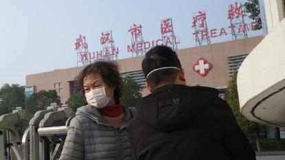 武漢肺炎蔓延,市場擔憂SARS噩夢重演,恐將重挫經濟與股市。(圖:AFP)