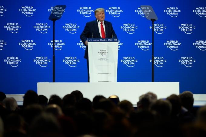 川普第二次參加世界經濟論壇會議。(圖片:AFP)
