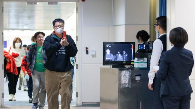 美國也淪陷!首例確診武漢肺炎 疫苗股NanoViricides一夜飆逾150%。(圖片:AFP)