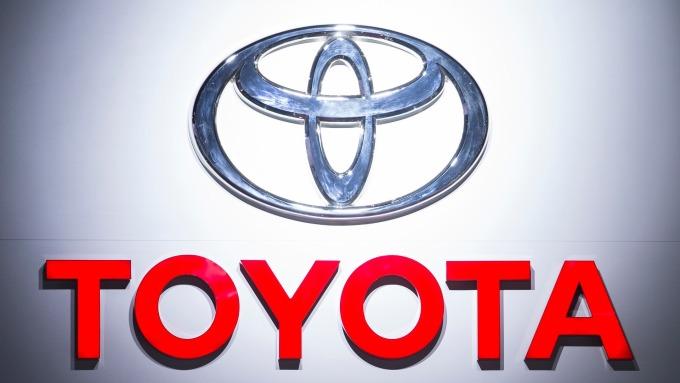 TOYOTA宣布召回近290萬輛汽車 更換氣囊、安全帶ECU (圖片:AFP)