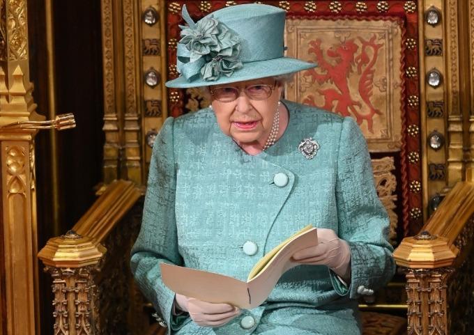 女王在上議院演說 (圖: AFP)