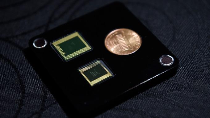 續攻4G市場需求 高通推出全新三款Snapdragon處理器 (圖片:AFP)
