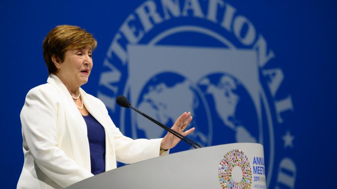 武漢肺炎持續延燒 IMF:全球經濟恐因此減速  (圖片:AFP)