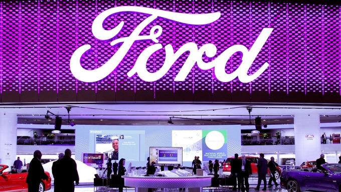 〈財報〉福特Q4虧損逾17億 財測大失所望 盤後爆跌9%(圖片:AFP)