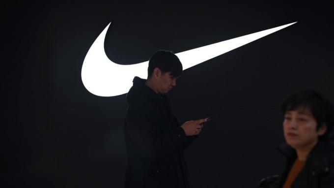 Nike率先預警:疫情延燒 短期對中國業務帶來重大影響  (圖:AFP)