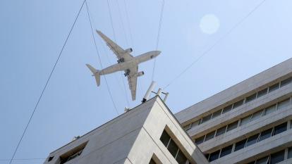 肺炎疫情不止 多家航空停飛中國、香港  (圖片:AFP)