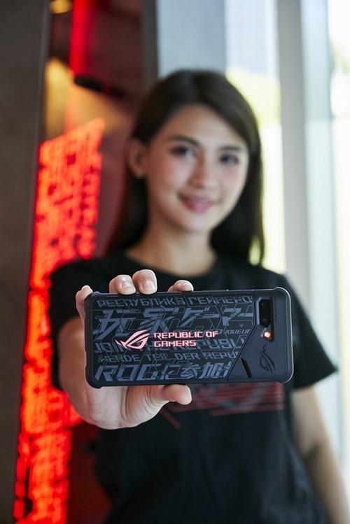 華碩 ROG Phone2 手機在印度跟印尼雙雙熱賣,陷入供應緊張。(圖片來源:asus)