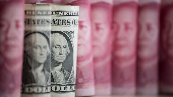 新冠病毒激發的美元升幅難以持續 這對美大型股是好消息(圖:AFP)