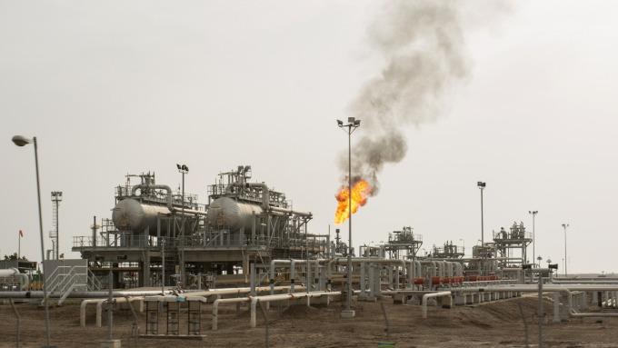 武漢肺炎影響 2020全球石油需求成長預期恐大減25% (圖片:AFP)