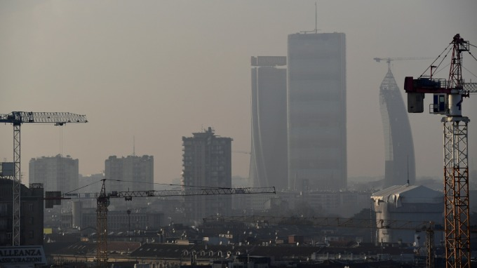 空氣污染代價高昂 全球每日損失80億美元(圖片:AFP)